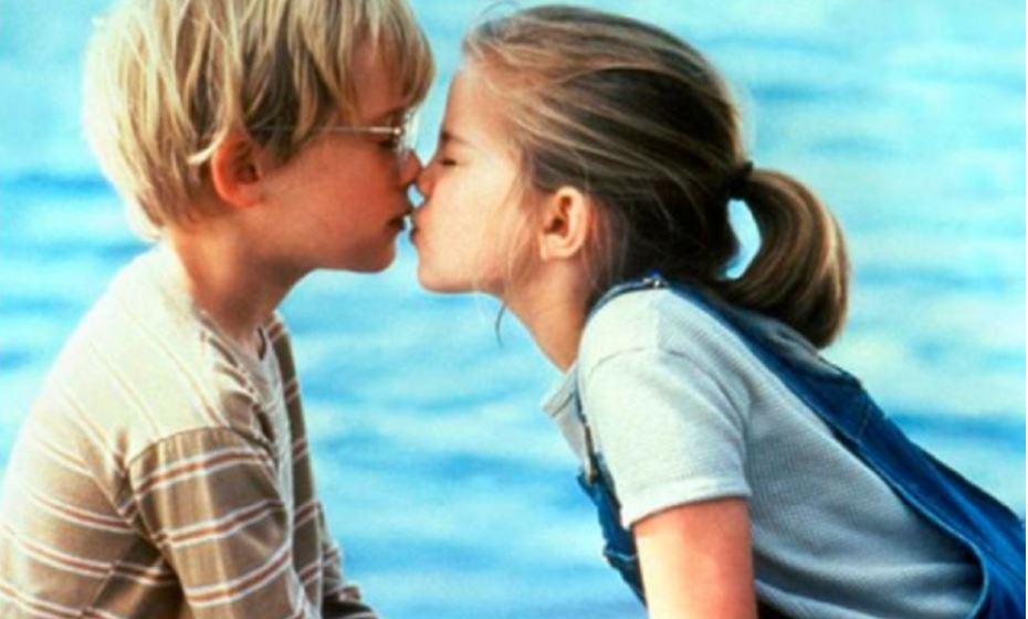 KISSING FOR REAL, #ITSAMUST